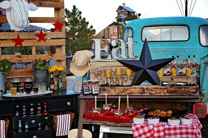 Backyard-BBQ-Southern-Belles-Charm-Food-Display-Full-Shot