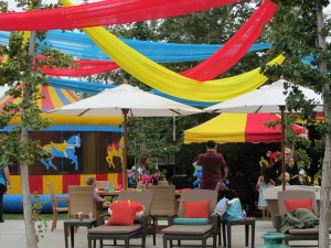 carnival-theme-party-decor