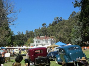 dunsmuir-hellman-mansion-and-cars